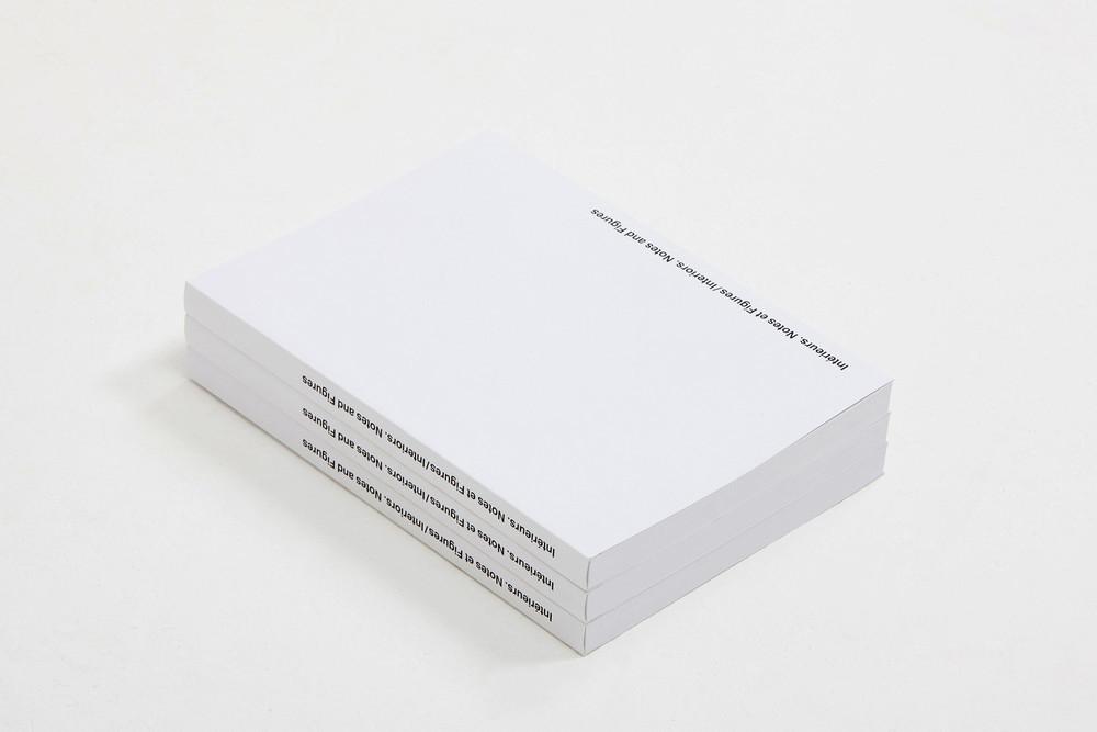 Intérieurs. Notes et figures, catalogue © Maxime Delvaux