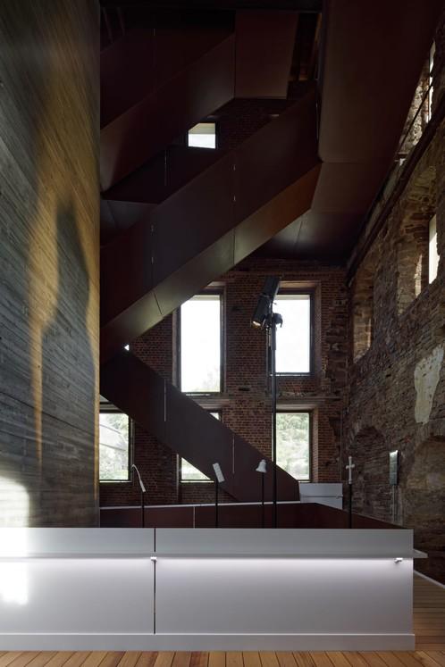 Archiurbain : Binario architectes © François Lichtlé photographie / Abbaye de Villers-la-Ville, Binario arch., Pigeon-Ochej pays., L'Escaut scéno., 2016